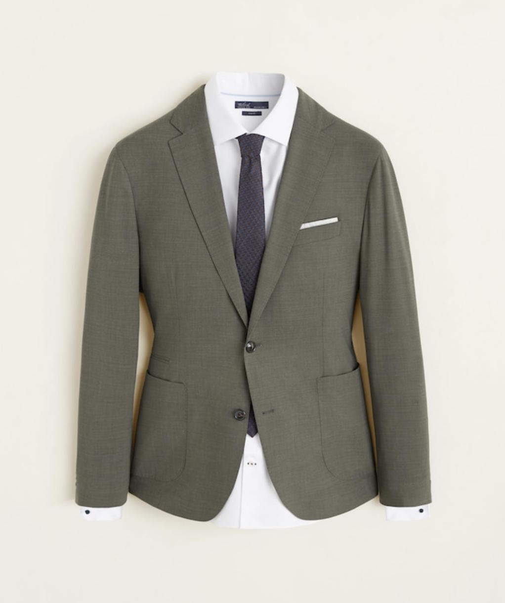 traje verde hombre, tendencia traje, moda traje