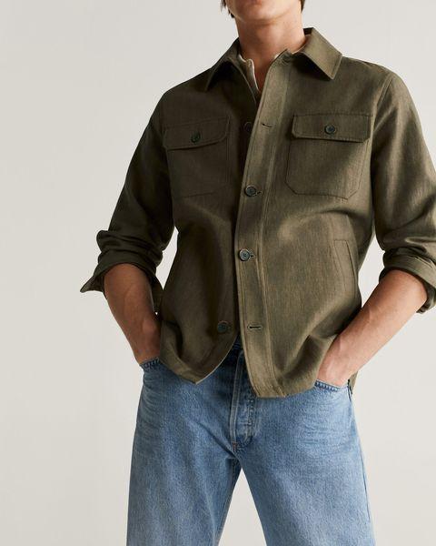 sobrecamisa de lino y algodón en verde caza