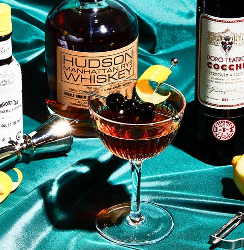 manhattan bourbon cocktail