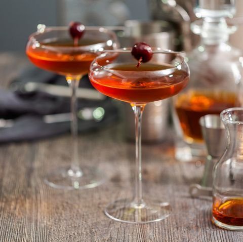 The Manhattan Cocktail How To Make A Manhattan Cocktail