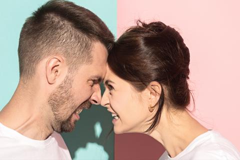 mannen-vrouwen-agressief