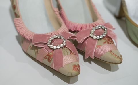 Footwear, Pink, Shoe, Ballet flat, Fashion accessory, Beige, Sandal, Peach,