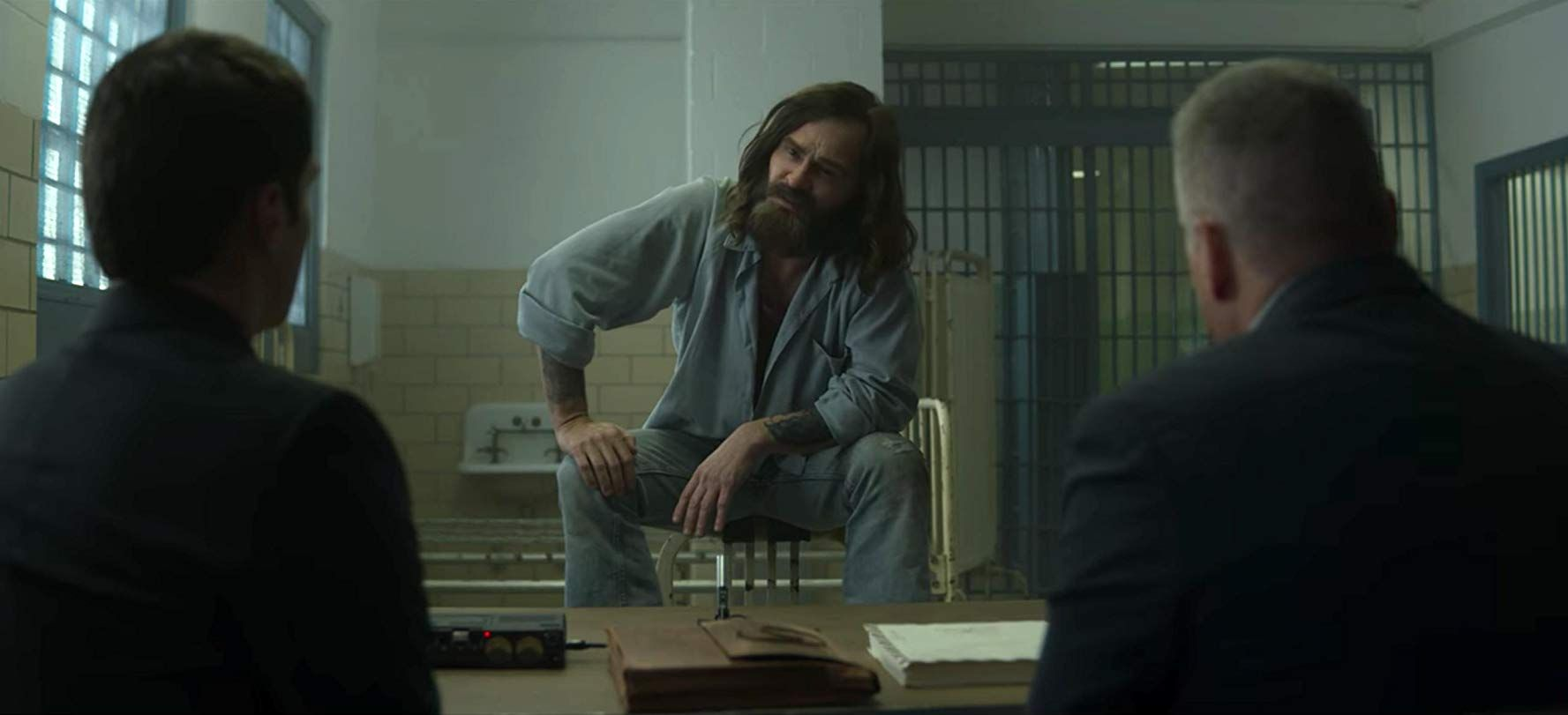 Damon Herriman Played Charles Manson in Mindhunter and Once Upon a Time in Hollywood and Is Still Doing OK, Guys