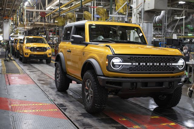 production of the all new 2021 ford bronco is underway at the michigan assembly plant the two door and first ever four door models are now on their way to ford dealerships across america