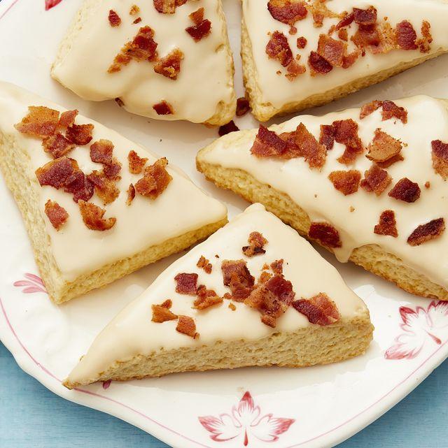 maple bacon scones