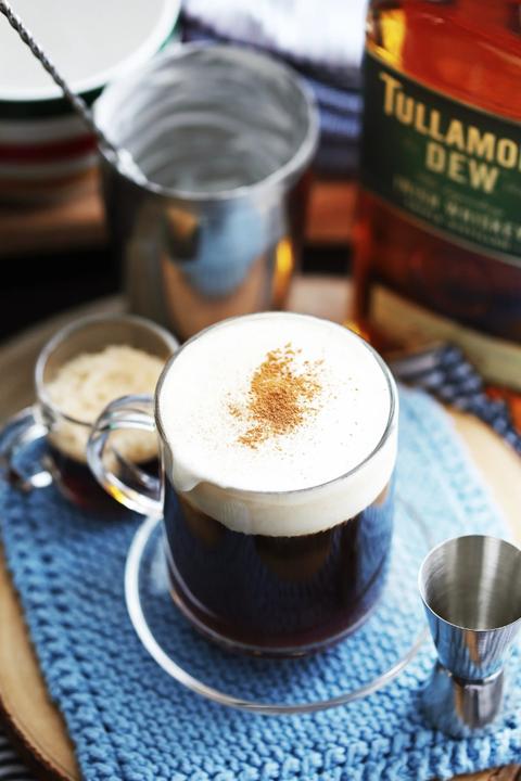 thanksgiving cocktails maple irish coffee