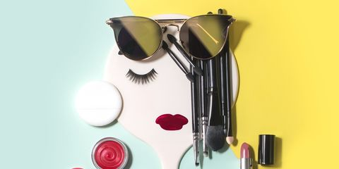 Collage de maquillaje