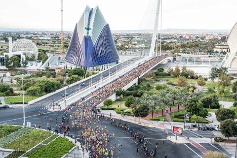 el maratón de valencia bate el récord de inscritos y agota dorsales