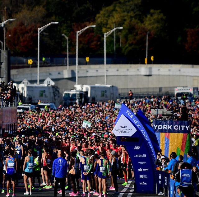 una imagen de la salida del maratón de nueva york celebrado en 2019