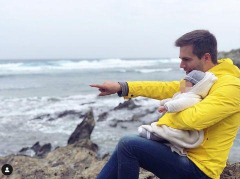 Photography, Ocean, Coast, Fun, Sitting, Photo shoot, Sea, Tourism, Vacation, Travel,