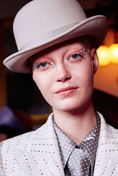 Hat, Clothing, Beauty, Eyebrow, Fashion, Lip, Fashion accessory, Chin, Headgear, Fedora,
