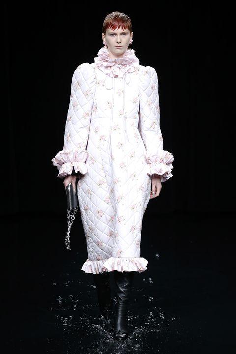 balenciaga runway paris fashion week womenswear fallwinter 20202021