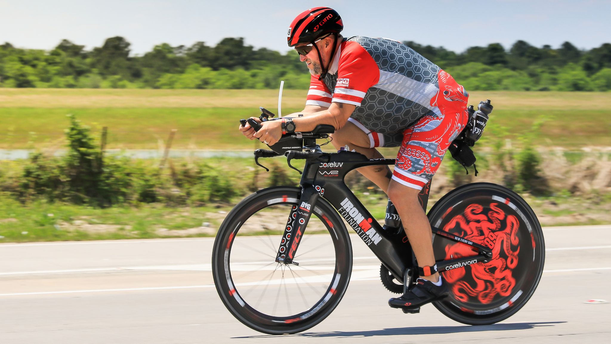 This Man Was Nearly 500 Pounds. Now He's Competing in an Ironman Triathlon