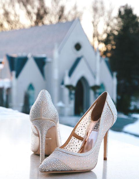 Footwear, White, Shoe, High heels, Blue, Pink, Leg, Beige, Fashion accessory, Bride,