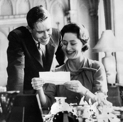 Margaret Rose, Prinzessin - Graefin von Snowdon, GB/ mit ihrem Verlobten Antony Armstrong-Jones