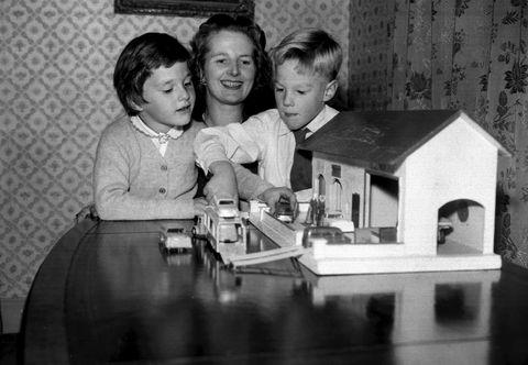 margaret thatcher with her twin children mark and carol