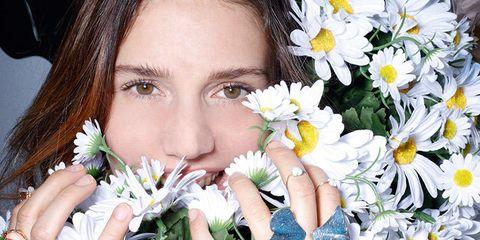 Petal, Flower, Eyelash, Flowering plant, Bouquet, Cut flowers, Photography, Floristry, Nail, Floral design,