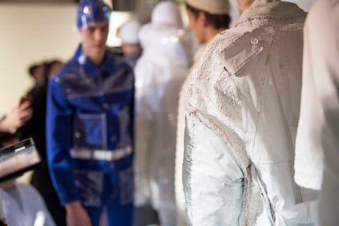 Fashion, Outerwear, Haute couture, Uniform, Military uniform, Fashion design,