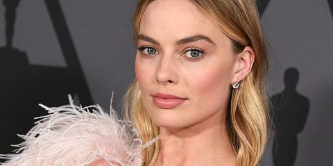 Margot Robbie Wedding.This Is Why Margot Robbie Only Wears Her Wedding Ring Two