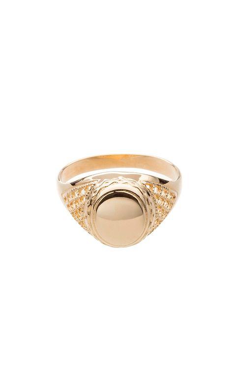 59bd0b819edb El sello es el anillo del verano (y aquí está Gigi Hadid para ...