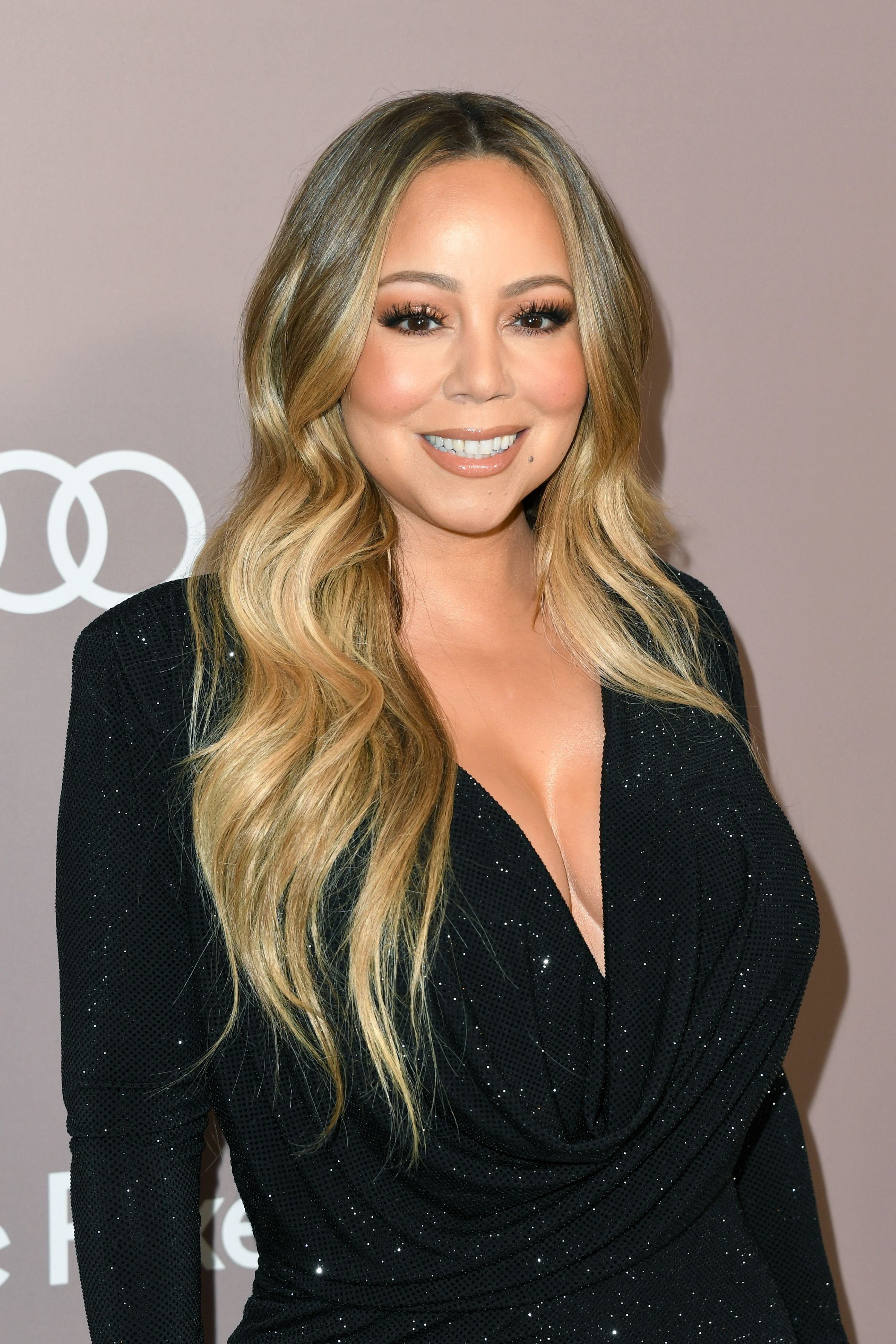View Mariah Carey Natural Hair Color Pictures