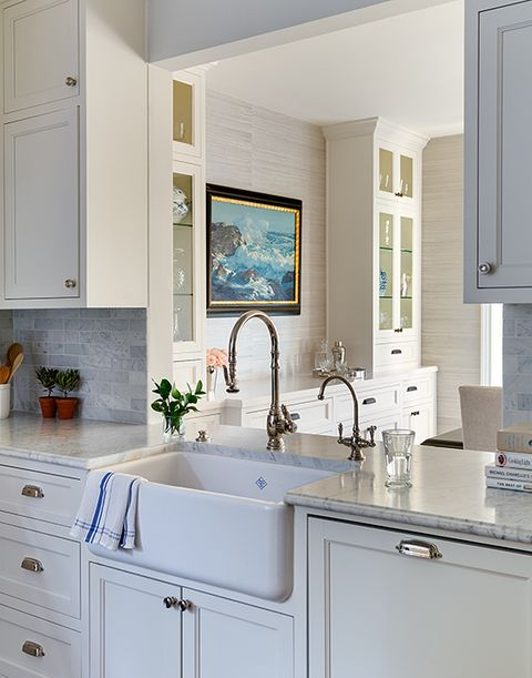 48 White Kitchen Cabinets To Brighten Up Your Cooking Space Gorgeous Kitchen With White Cabinets