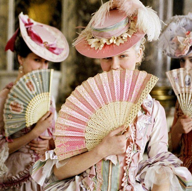 marie antoinette, kirsten dunst, folding fans