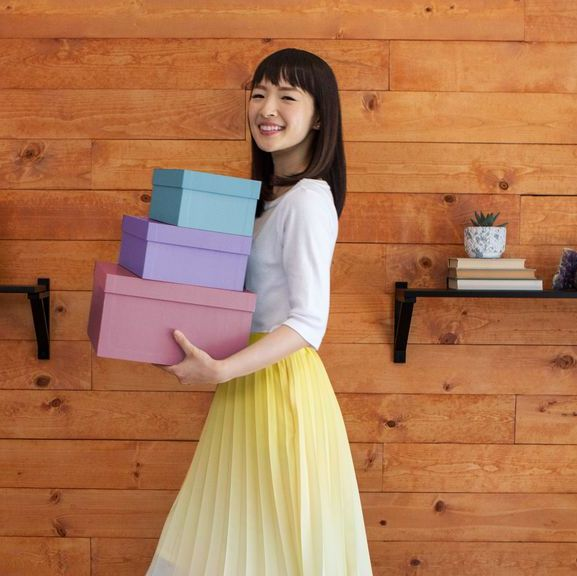 10 Hilarious Marie Kondo Memes That Sum Up How We Really Feel About Tidying Up