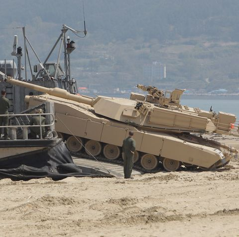 South Korea And U.S. Hold Offshore Loading Exercise