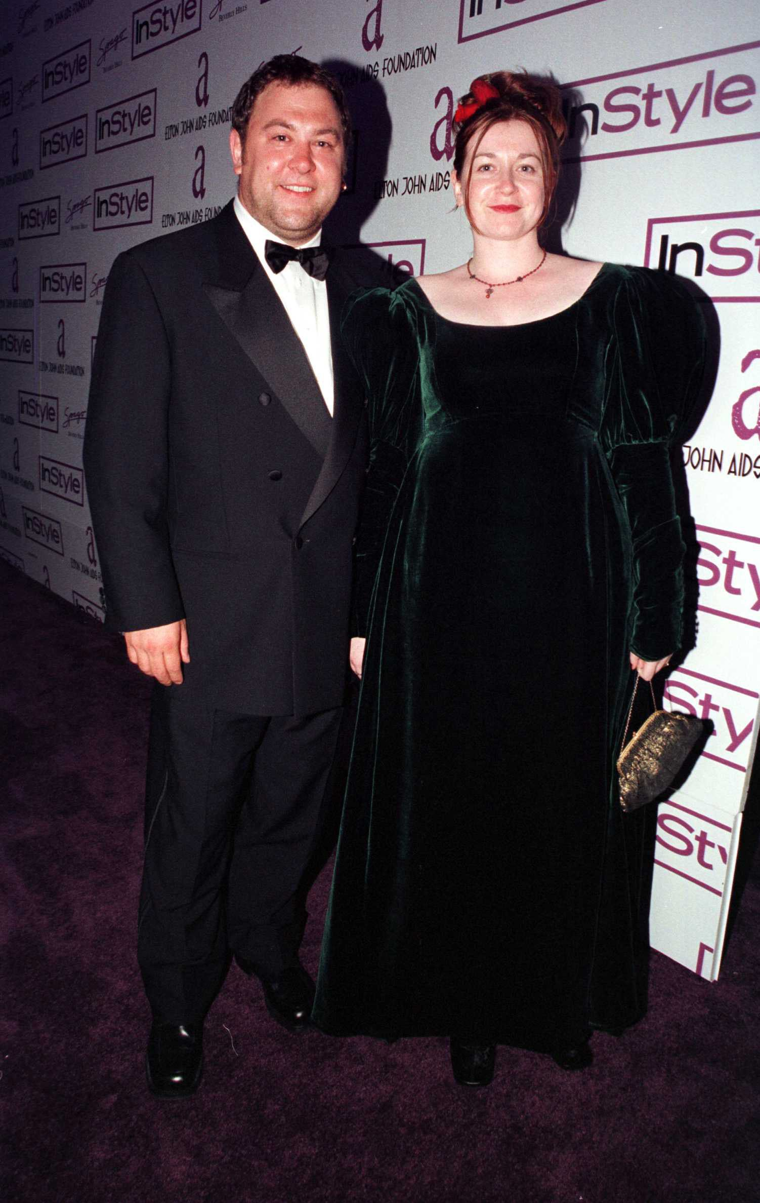 Mark Addy (Robert Baratheon) and Kelly Biggs These two have been married since 1996.