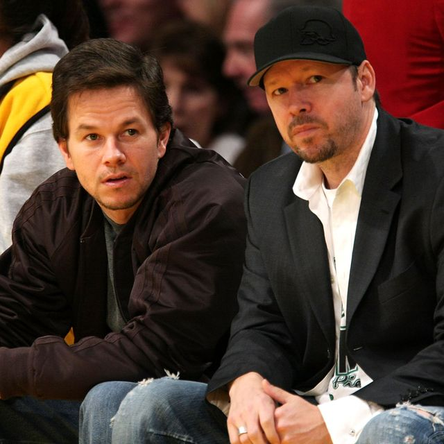 celebrities at the los angeles laker game