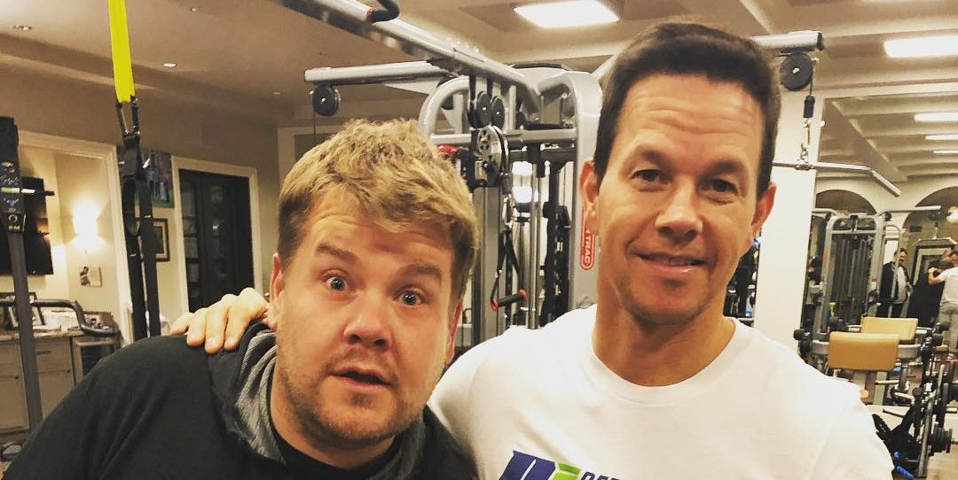 James Corden y Mark Wahlberg