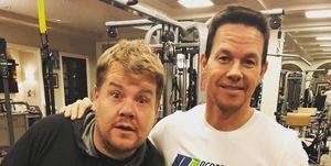 James Corden y Mark Wahlberg