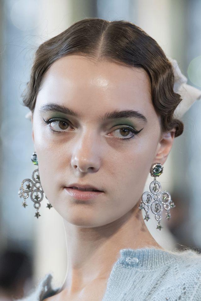 eyeliner moda sfilate ss22