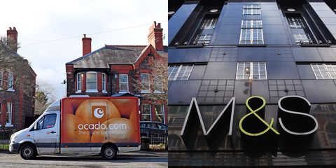 Transport, Vehicle, Mode of transport, Architecture, Truck, Food truck, House, Advertising, Car, Window,