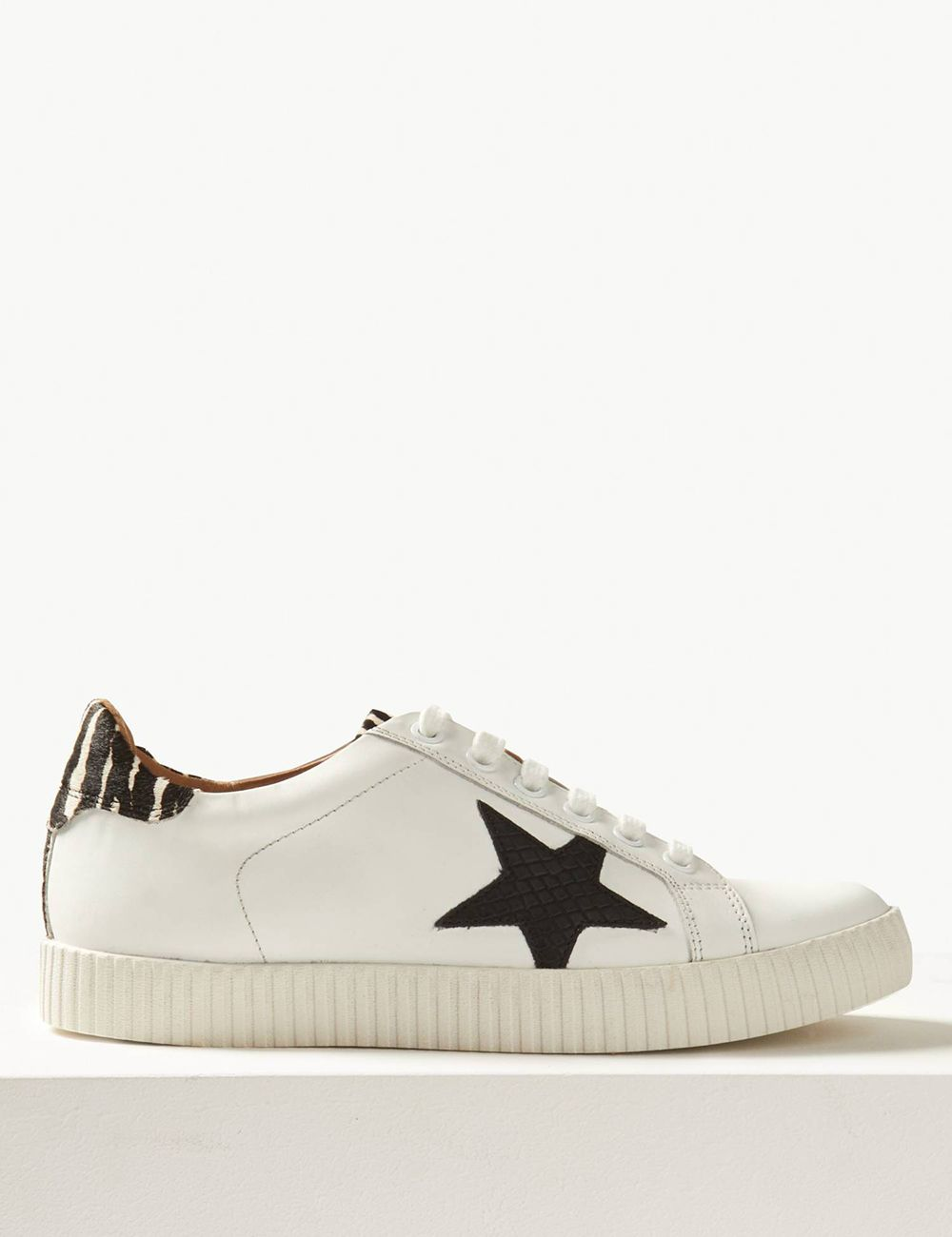 m and s trainers womens