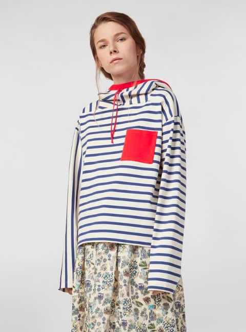 Clothing, Sleeve, T-shirt, Outerwear, Fashion, Shirt, Top, Neck, Pajamas,