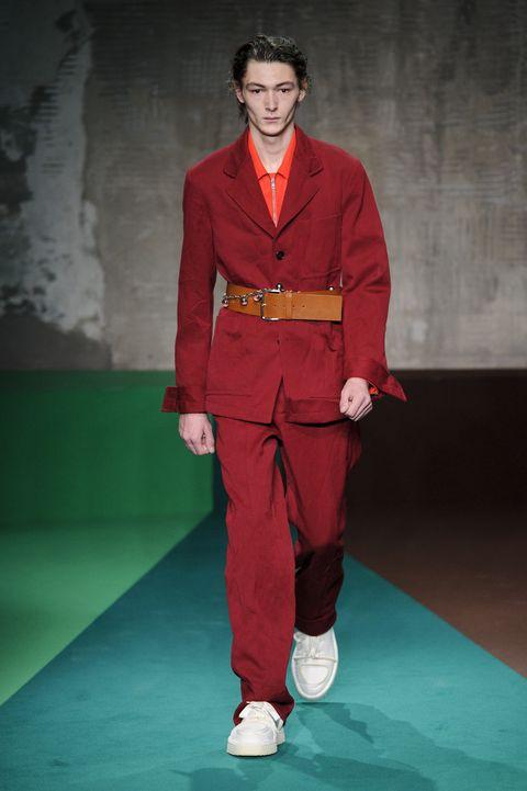 Red, Fashion, Clothing, Kung fu, Kung fu, Runway, Fashion design, Suit, Fashion show, Costume,