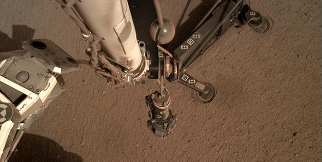 NASA's New Underground Mars Probe Is Stuck