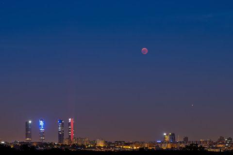Mars planet - blood moon - Madrid, Spain