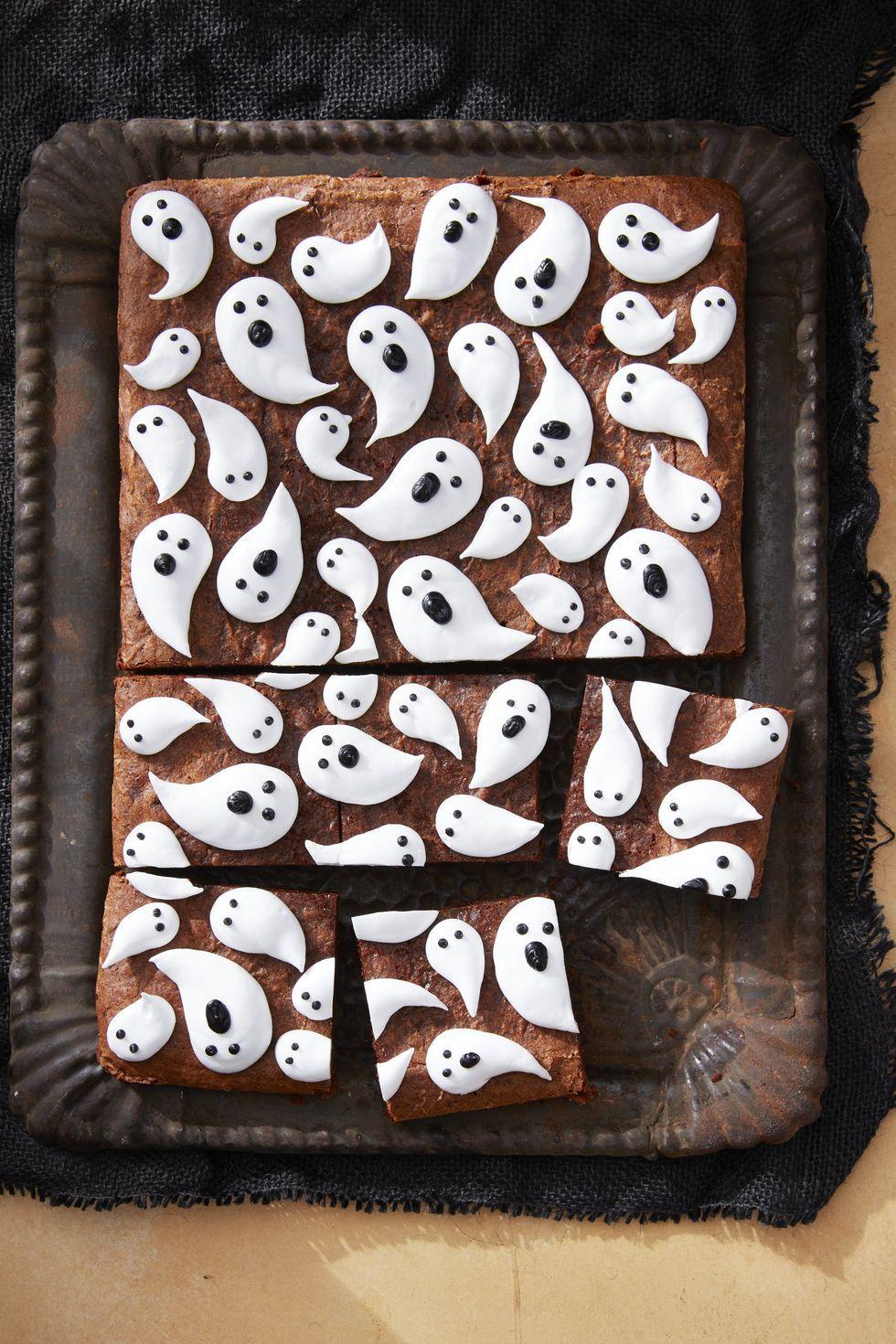 Favorite Halloween Treats.60 Best Halloween Desserts Easy Halloween Dessert Recipes And Ideas