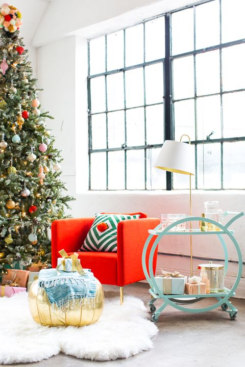 courtesy of sugar cloth white christmas - Christmas House Decoration Ideas