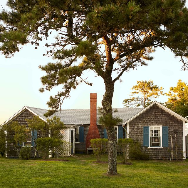 """a kick back kind of cottage martha's vineyard retreat homeowners phoebe cole smith and mike smith exterior, the 1930s shingled cottage, named """"the anchor"""""""
