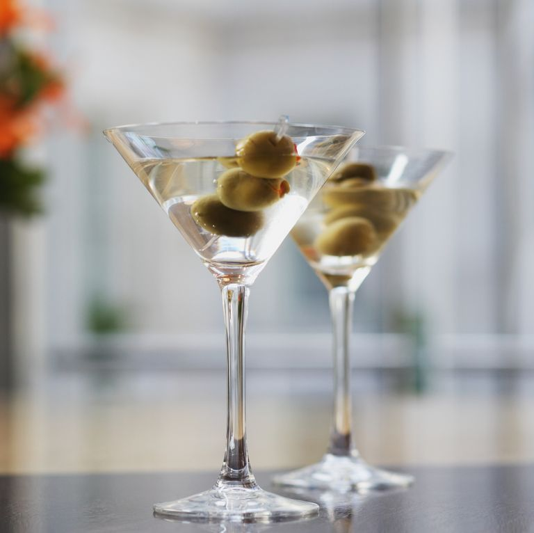martini vodka olives