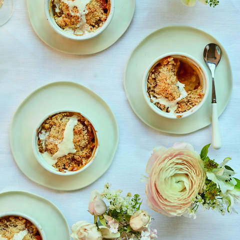 Mary Berry apple crumble