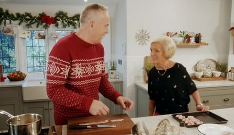 Mary Berry's Christmas Party 2018 with Huw Edwards