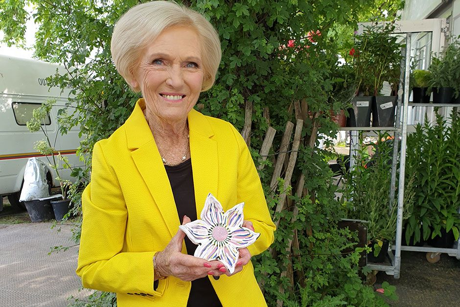 You can bid for exclusive Mary Berry, Joanna Lumley and Monty Don flower art on eBay