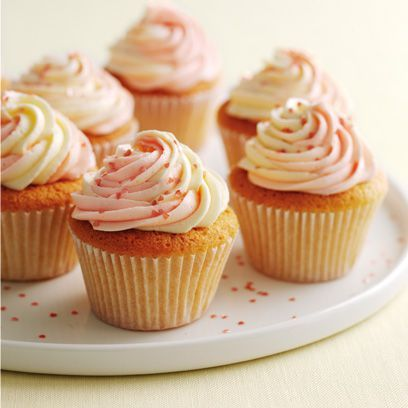 Mary Berry's vanilla cupcakes | Easy baking ideas