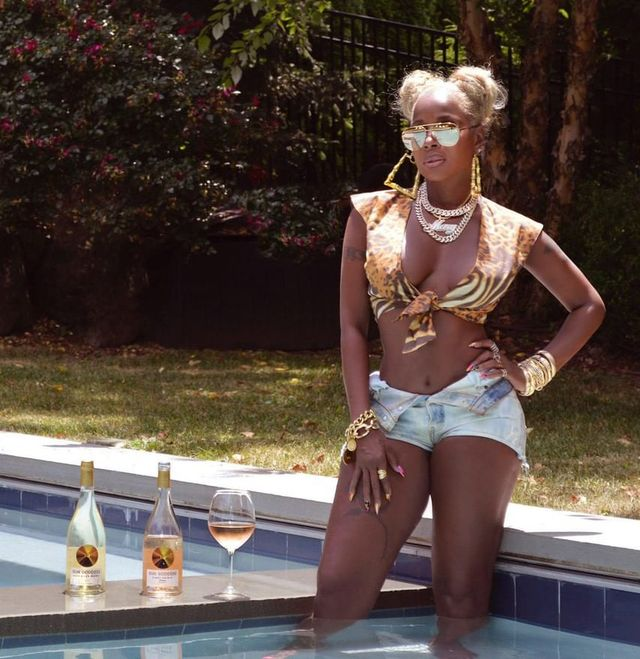 mary j blige sun goddess wines by pool