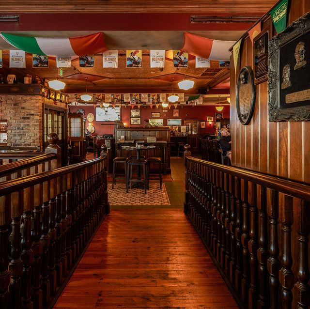 Building, Pub, Room, Architecture, Wood, Bar, Tavern, Beam,